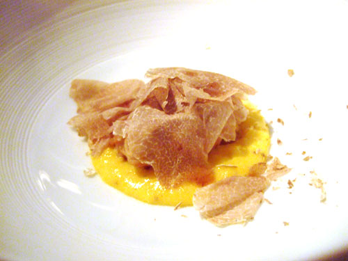 Calf's brain and scrambled egg with shaved white truffles